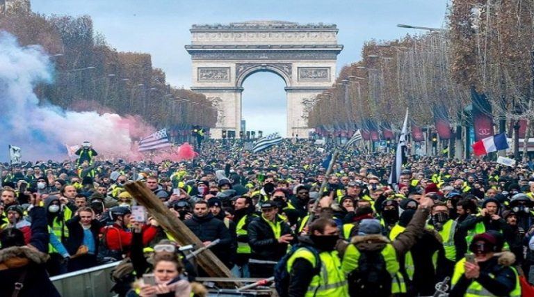 Return of Yellow Vest protest in France