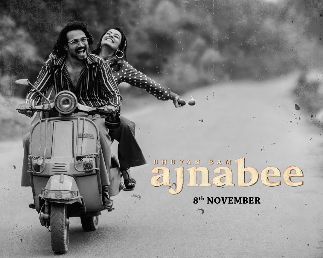 Ajnabee song Poster