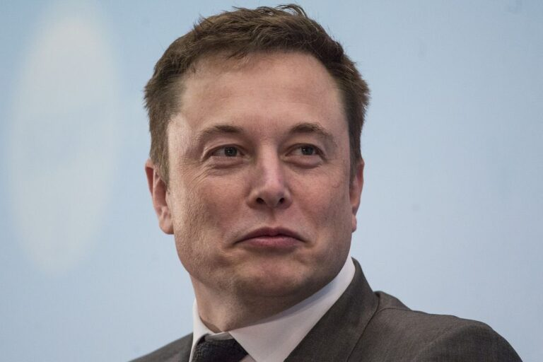 Elon Musk surpasses Bill Gates in the list of World's Richest Person, twitter turns hilarious
