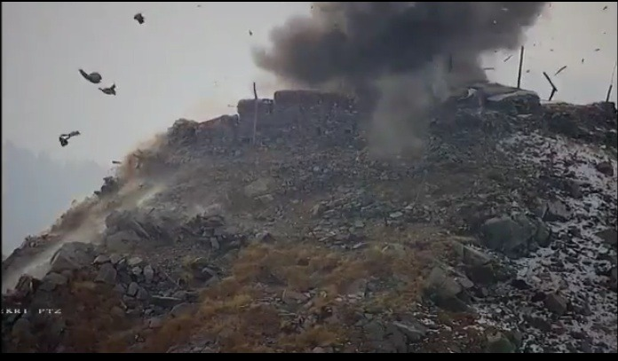 Post & Bunkers of Pakistan Army destroyed in retaliatory action by Indian Army, see video